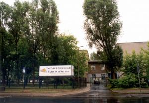 Nowy Instytut Fizjologii i Patologii Słuchu zajął miejsce w odremontowanym budynku po szpitalu Huty Warszawa.
