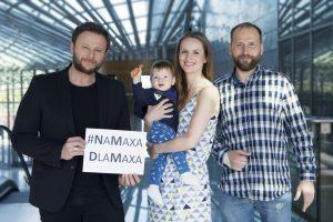 Konrad Gaca z bratem Maxa i rodzicami chłopców