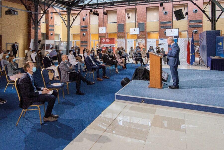 Konferencję, która z uwagi na pandemię odbywała się online, otworzył prof. Henryk Skarżyński